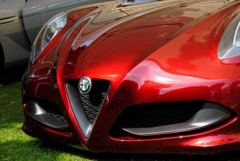 alfa-romeo-4c-cherry-red-metallic-concorso-delegance-villa-deste-2012-front-low