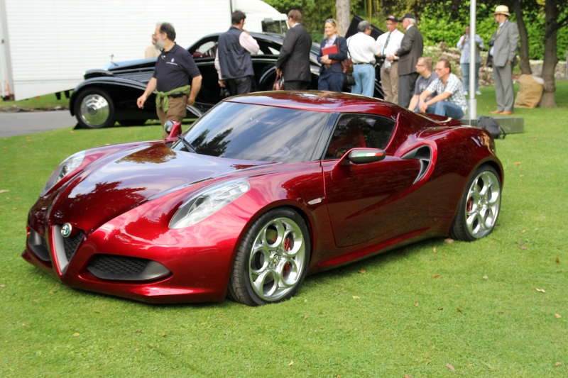alfa-romeo-4c-cherry-red-metallic-concorso-delegance-villa-deste-2012-ns
