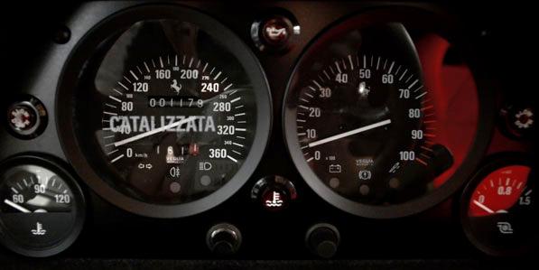 ferrari-f40-white-interior-dials