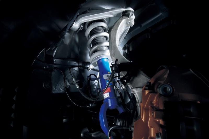 nissan-gtr-track-pack-edition-2012-suspension-setup