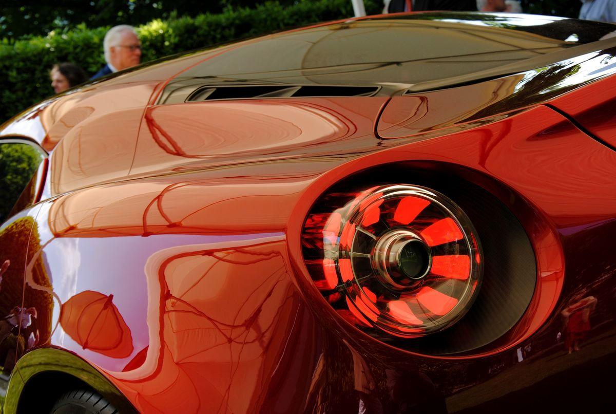 Alfa Romeo 4C Cherry Red Metallic Concorso d'Elegance Villa d'Este 2012 rear light closeup