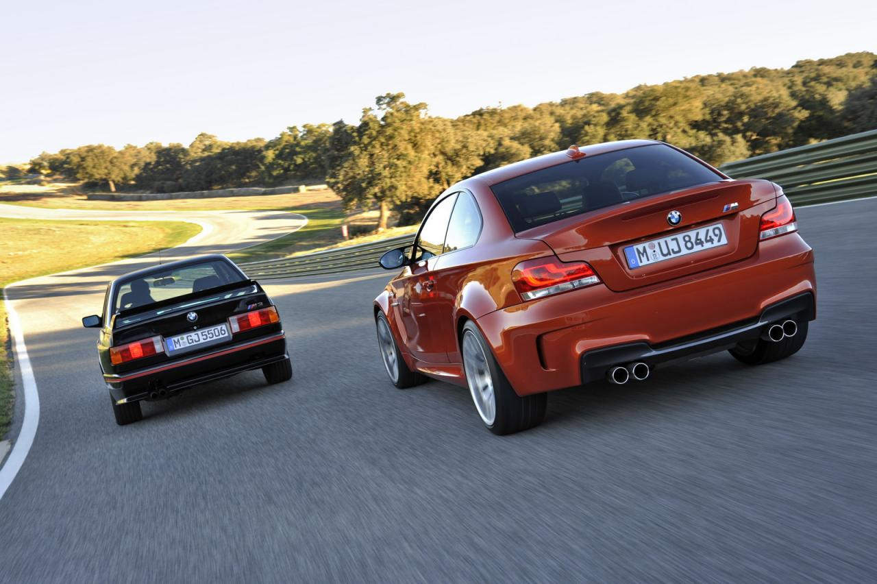 BMW 1 Series M Coupe (2011) & M3 (E30) Rear Side