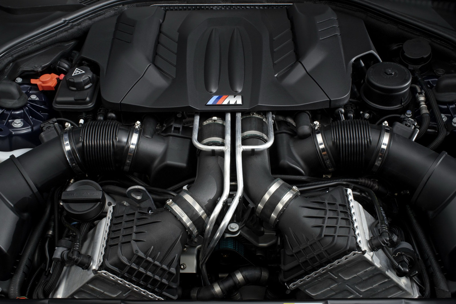 BMW M6 F12 Coupe 2012 engine closeup