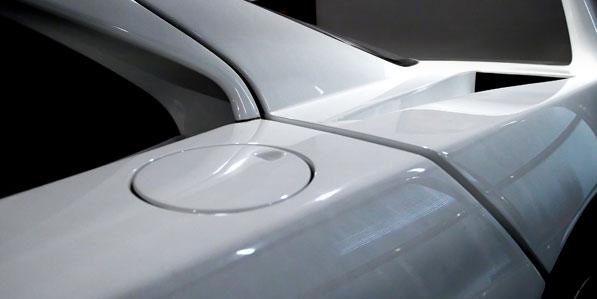 Ferrari F40 White detail fuel filler