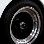 Ferrari F40 White detail rear wheel