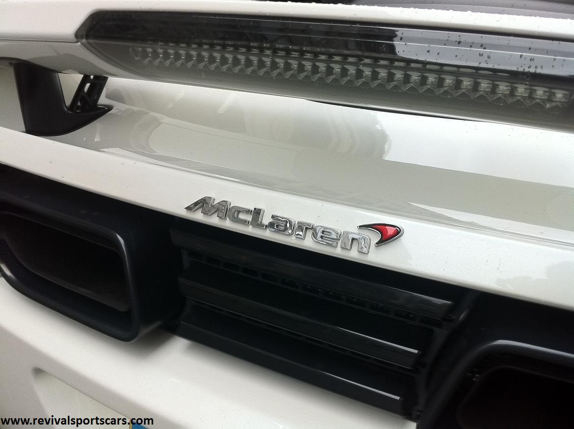 Mclaren MP4-12C White rear badge