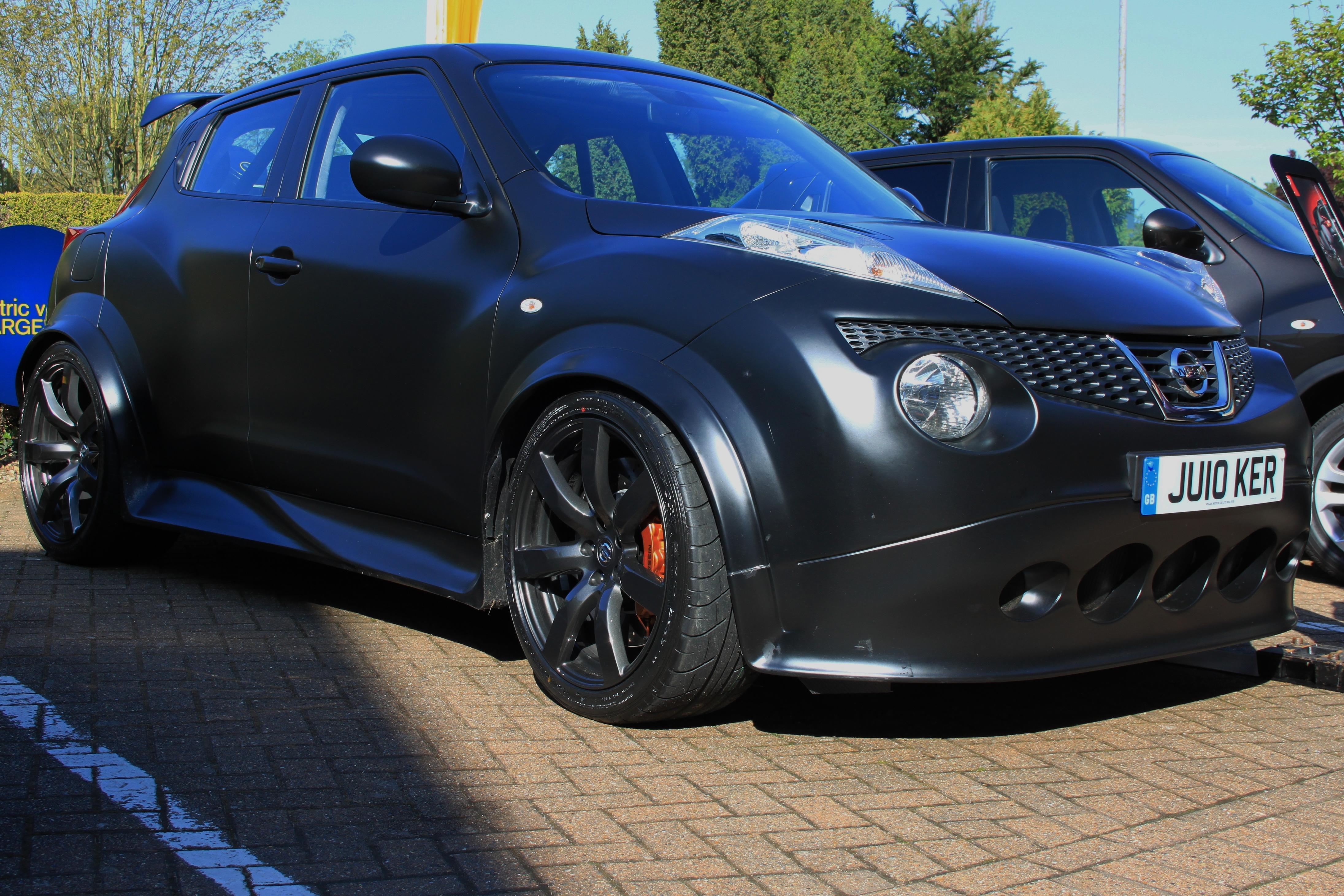 Nissan juke r 2012 gtr revival sports cars for Nissan juke with gtr motor