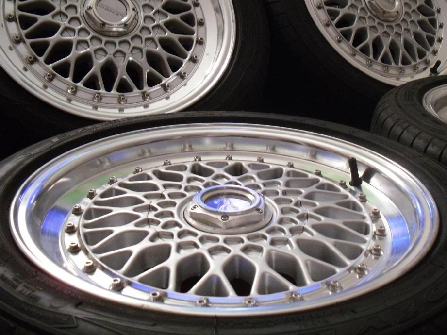 VW Golf GTI 1.8 mk2 - Lenso BSX 16' Alloy Wheels closeup