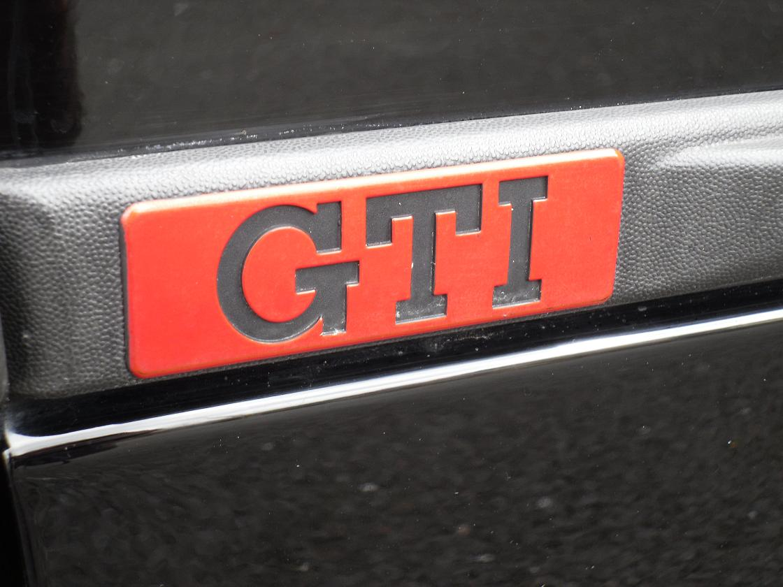 VW Golf GTI 1.8 mk2 - badge closeup