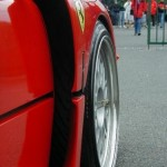 Ferrari F40 1988 Red front wheel