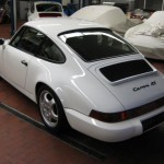 Porsche 911 Carrera RS 964 white rear
