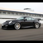 Porsche 911 GT2 RS 997 low track motion