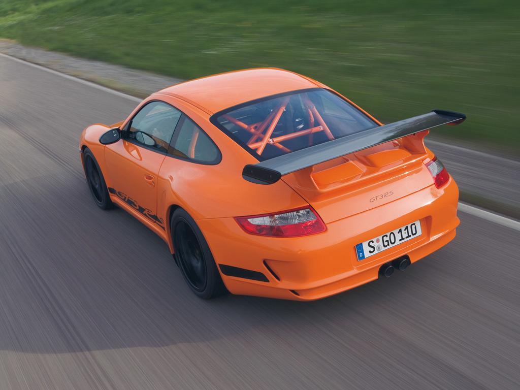 Porsche 911 GT3 RS 997 black orange top rear track motion   Revival ...