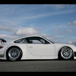Porsche 911 GT3 RSR 997 white side profile