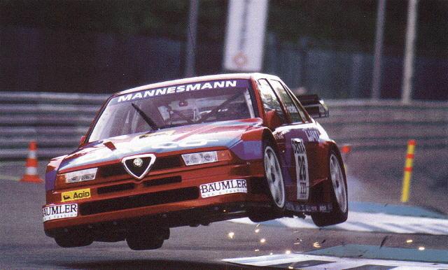Alfa-Romeo-155-Touring-Car-jumping.jpg