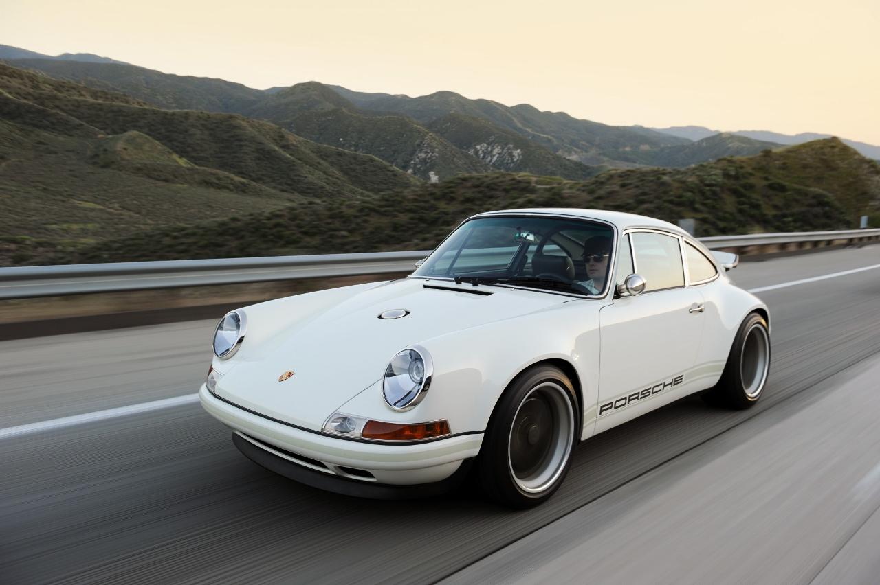 Singer Vehicle Design Porsche 911 964 2012 Revival