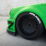 RWB Porsche 911 Rauh-Welt Begriff green Pandora One front alloy wheel closeup
