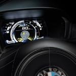 Alfa Romeo 4C UK  2014 Red dashboard display closeup wheel speedo (1280x851)