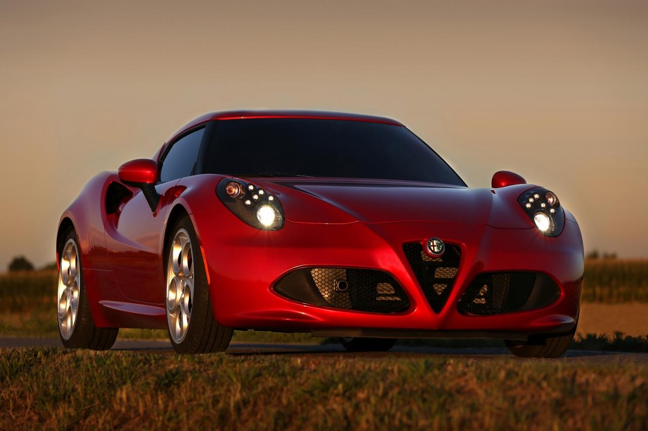 Alfa Romeo 4C UK  2014 Red front low sunset (1280x852)