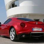 Alfa Romeo 4C UK  2014 Red rear low static (1280x852)