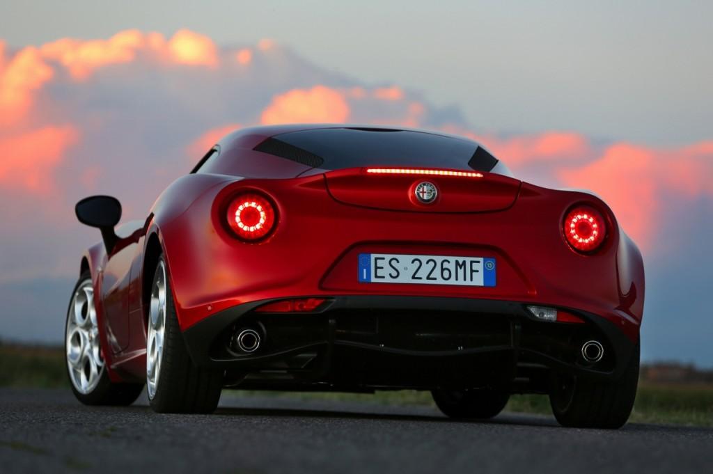 Alfa Romeo 4C UK  2014 Red rear low sunset (1280x852)