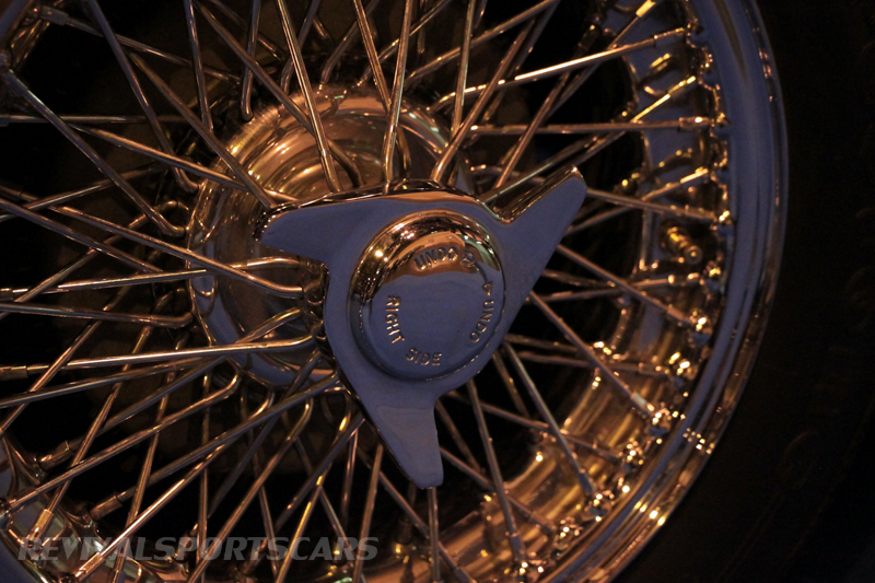 Lancaster Insurance Classic Car Show NEC (207 of 250) Doretti wire wheel closeup