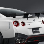 Nissan GTR Nismo Edition 2014 White rear wing detail