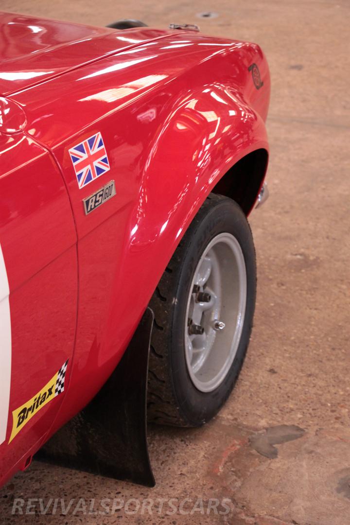 Race Retro 2014 Classic Motorsport Ford Escort Rally Car wheel