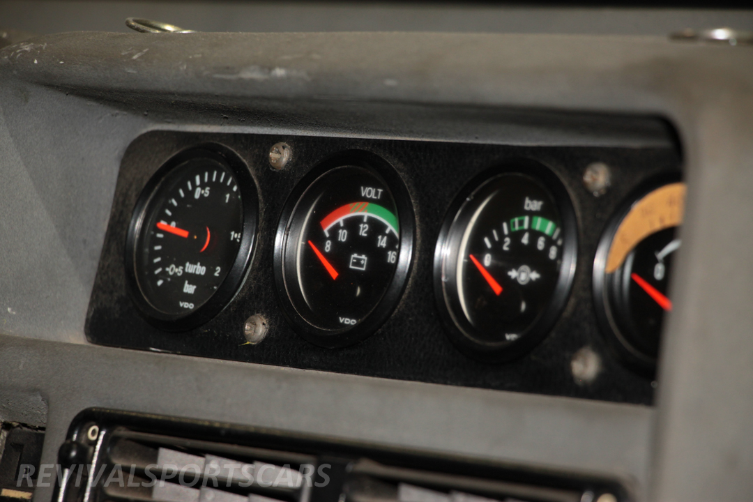 Race Retro 2014 Classic Motorsport Ford RS200 rally car centre dials